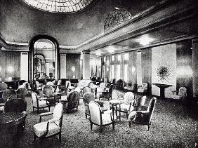 The Large Saloon in the Ocean Liner ''Paris'', July 1921 (b/w photo)