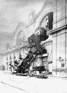 Train accident at the Gare Montparnasse in Paris on 22nd October 1895 (b/w photo)