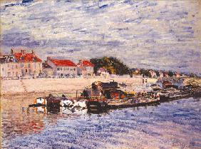 Sisley, Alfred : Barges on the Loing at Sai...