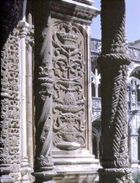 Anonyme  - Detail of a column and a high relief in the North Gallery of the Cloister of the Monastery