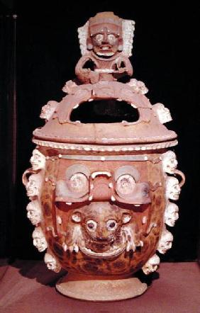 Urn with a lid, from Guatemala, Classic Period