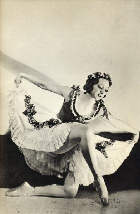 Aleksandra Dionisyevna Danilova, from ''Footnotes to the Ballet'', published 1938 (b/w photo)
