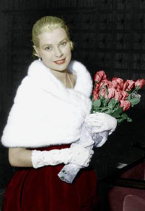 Grace Kelly at Cannes film...