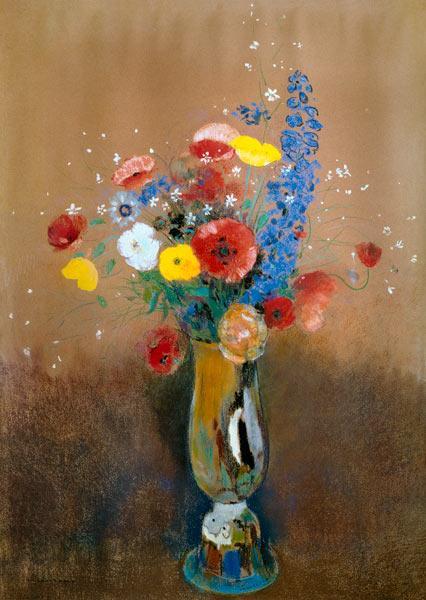 Botte de fleur de champ dans le grand vase