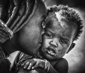 kiss from beautiful himba mom