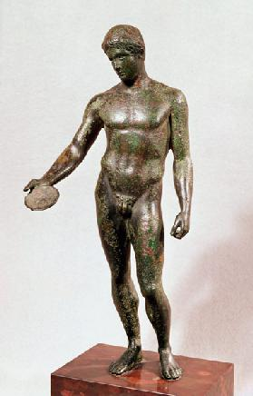 Statue of an ephebe making a libation