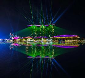 "Singapore Marina Bay Sands Hotel Laser Light Show ""WONDERFUL"""
